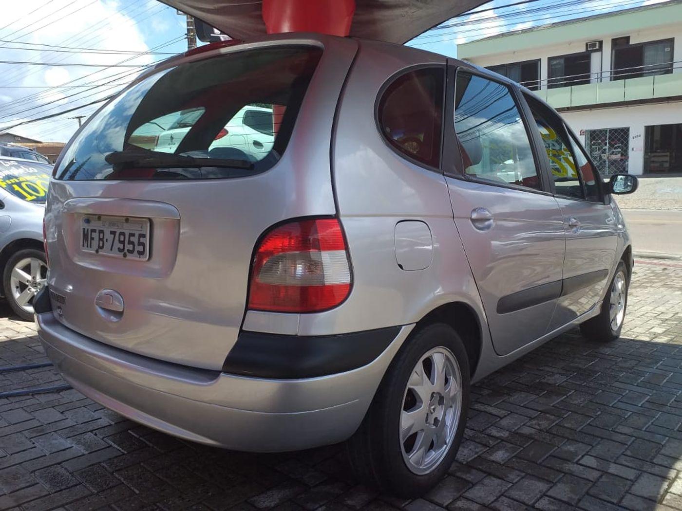 Renault Scénic RXE/ Privilège 2.0 16V 5p Mec.