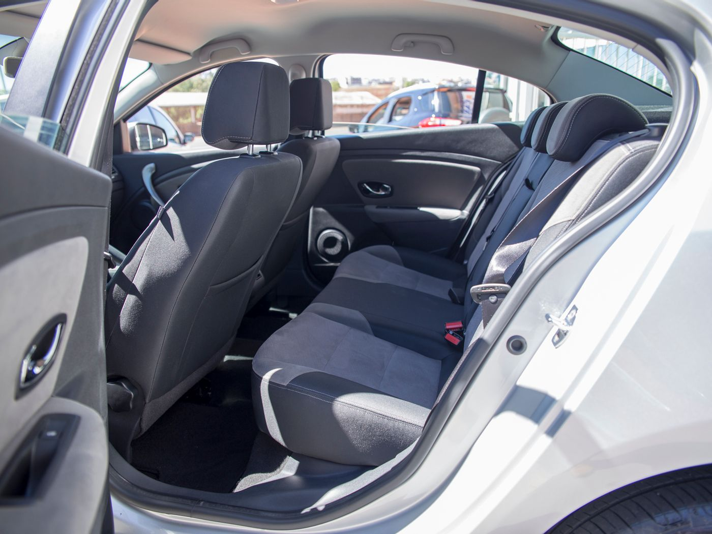 Renault FLUENCE Sed. Dyn. Plus 2.0 16V FLEX Aut.