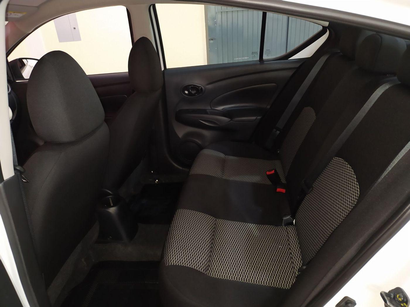 Nissan VERSA V-DRIVE 1.6 16V Flex Mec.