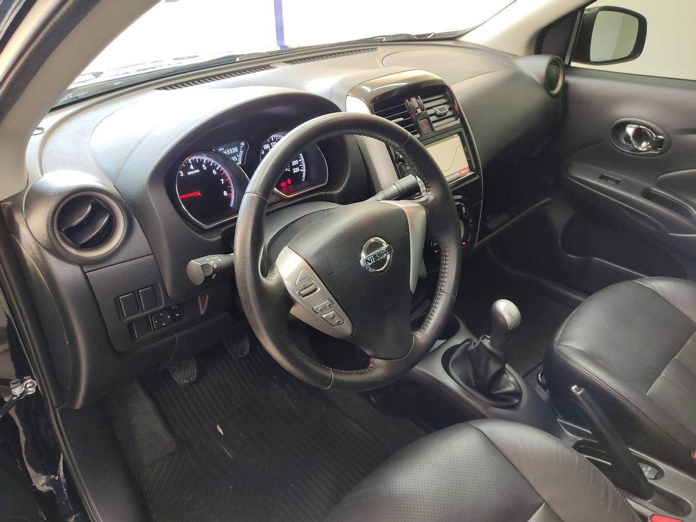 Nissan VERSA SL 1.6 16V FlexStart 4p Mec.