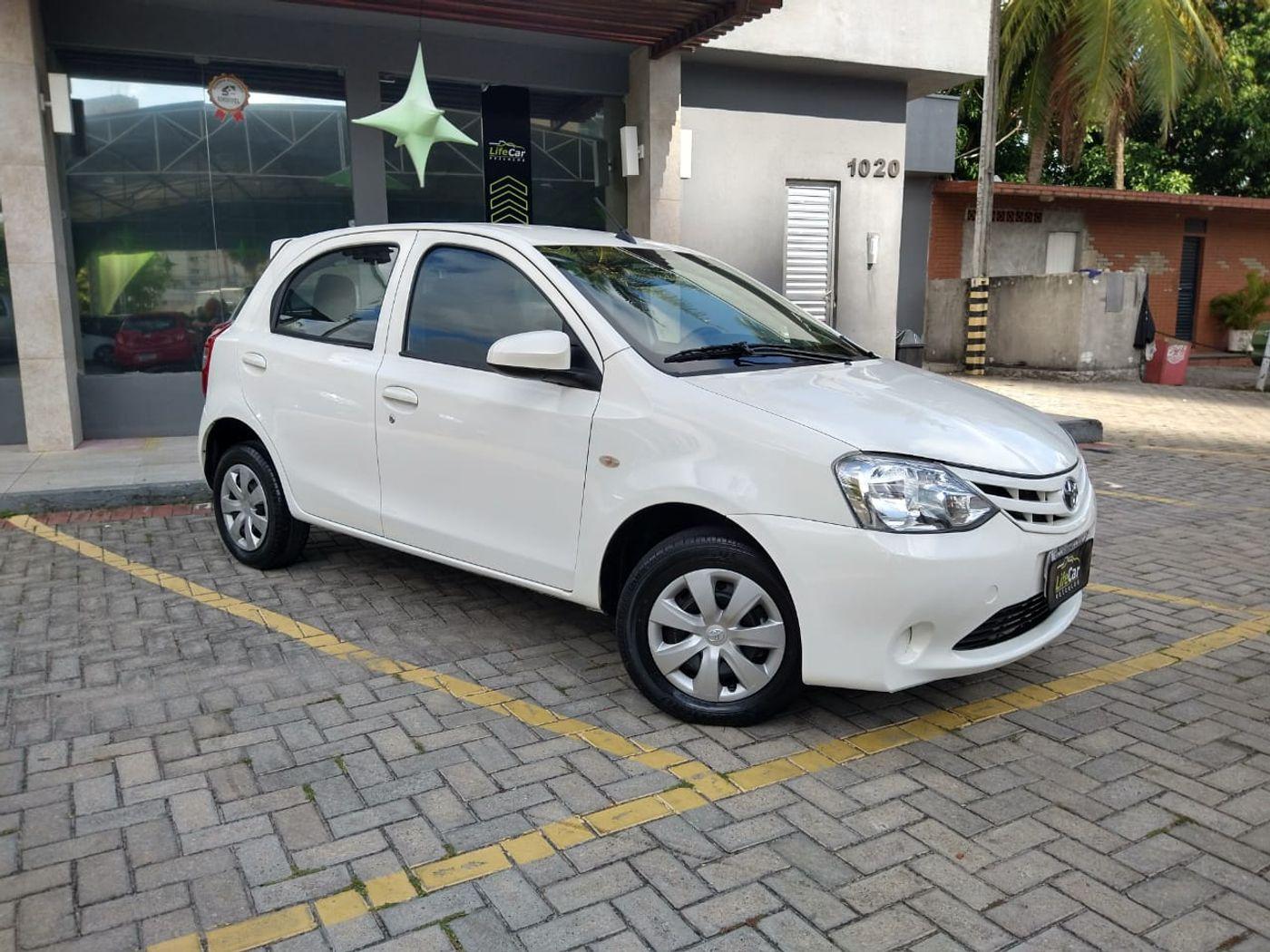 Toyota ETIOS X 1.3 Flex 16V 5p Aut.