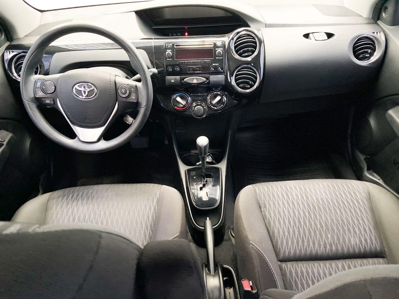 Toyota ETIOS XS 1.5 Flex 16V 5p Aut.