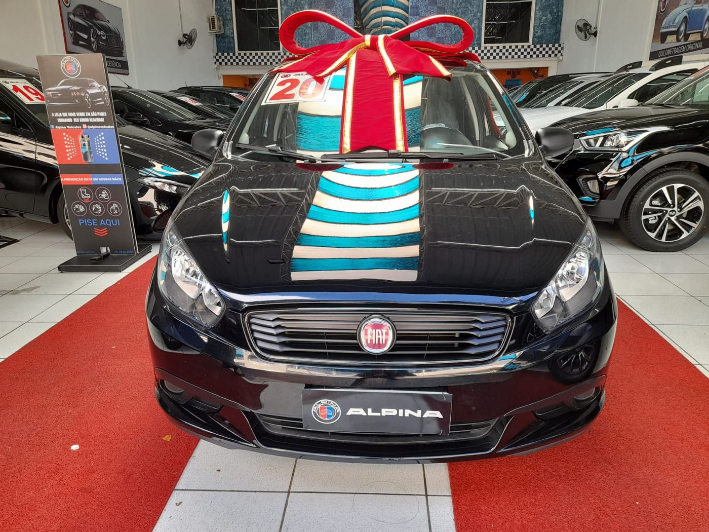 Fiat Grand Siena ATTRACTIVE 1.0 Flex 8V 4p