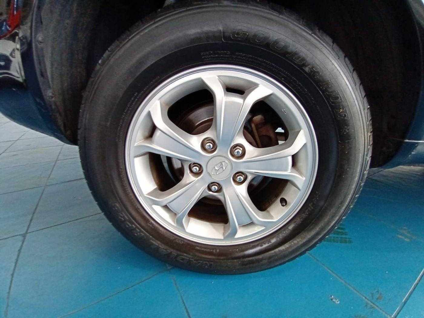 Hyundai Tucson 2.7 MPFI 24V 175cv Aut.