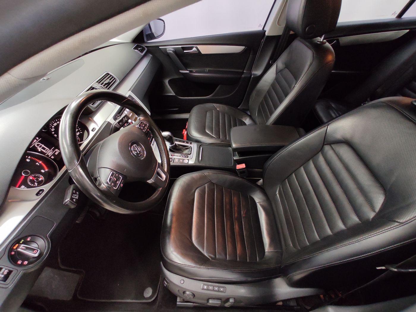 VolksWagen Passat TB 2.0 FSI/TSI 211cv Tiptronic 4p