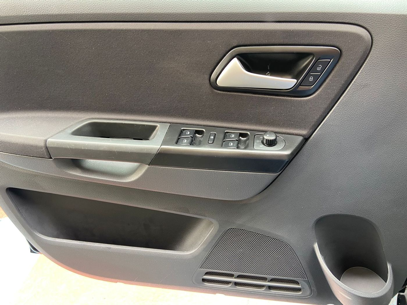VolksWagen Fox Comfortline 1.0 Flex 8V 5p