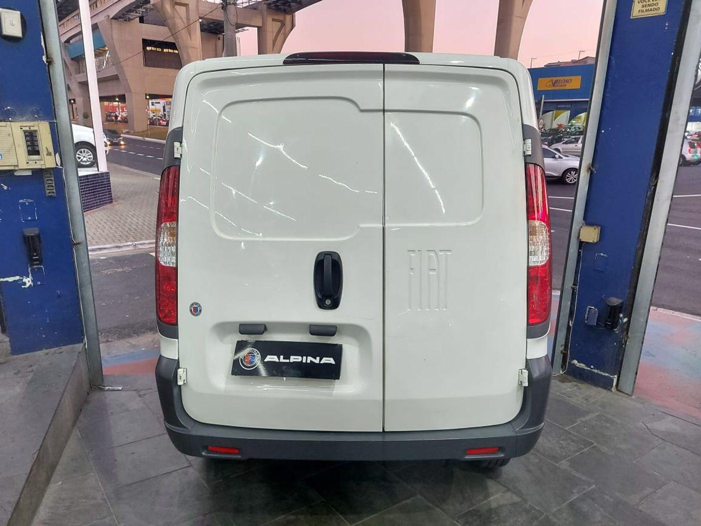Fiat Fiorino Furgão Work. HARD 1.4 Flex 8V 2p