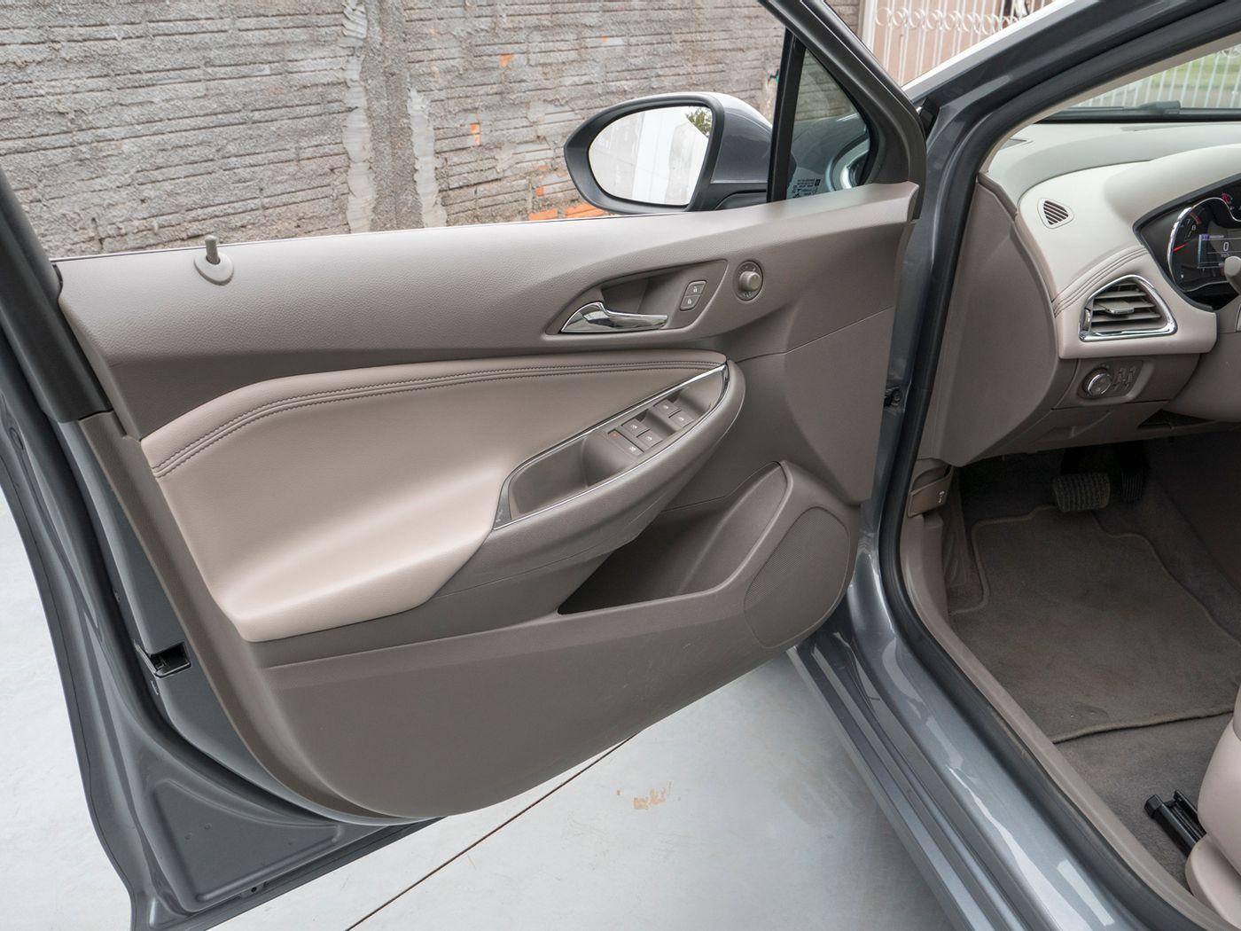 Chevrolet CRUZE Sport LTZ 1.4 16V TB Flex 5p Aut.