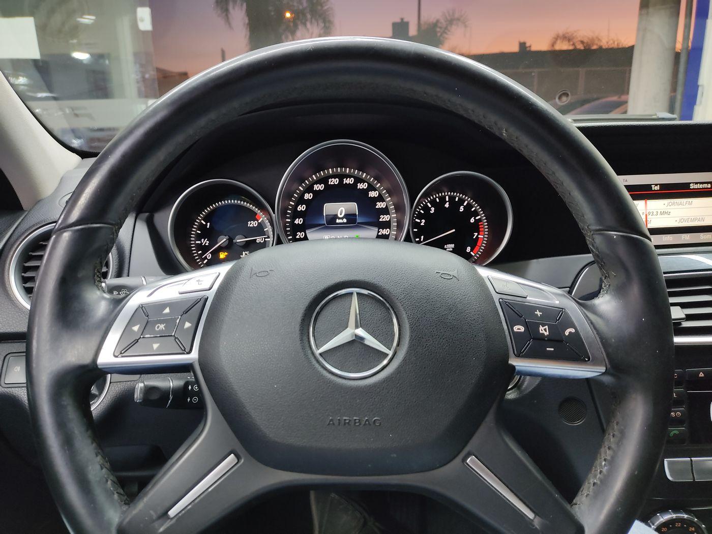 Mercedes C-180 CGI Sport 1.6 TB 16V 156cv Aut.