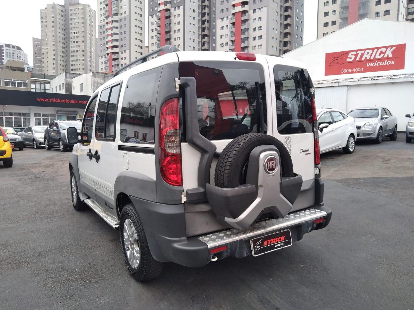 Fiat Doblo Adv. XINGU 1.8 Flex 16V 5p