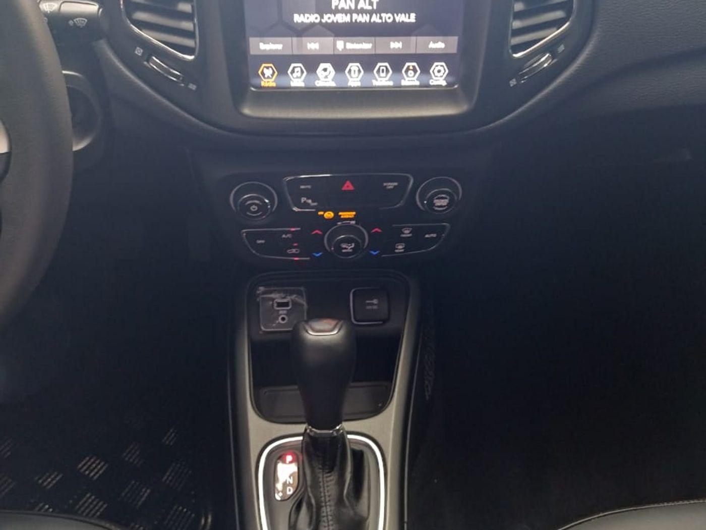 Jeep COMPASS LONGITUDE 2.0 4x2 Flex 16V Aut.