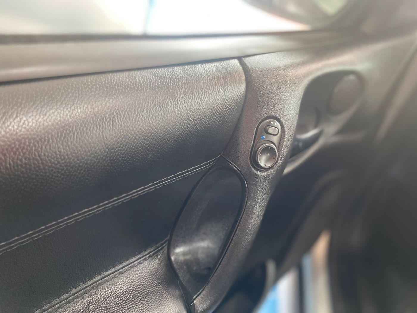 Chevrolet Vectra GLS/ Challenge 2.2 MPFI 16V