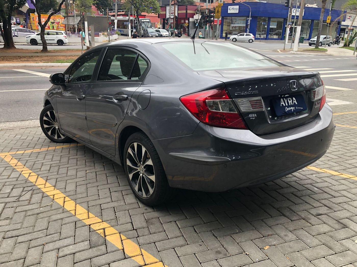 Honda Civic Sedan LXR 2.0 Flexone 16V Aut. 4p