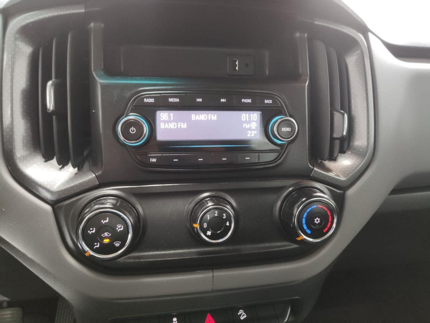 Chevrolet S10 Pick-Up LS 2.8 TDI 4x4 CD Dies. Mec.