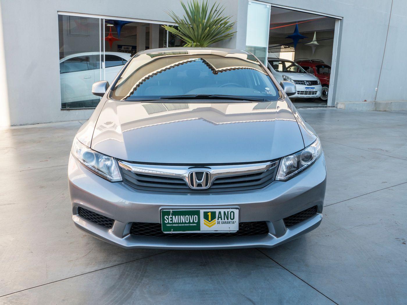 Honda Civic Sedan LXS 1.8/1.8 Flex 16V Aut. 4p