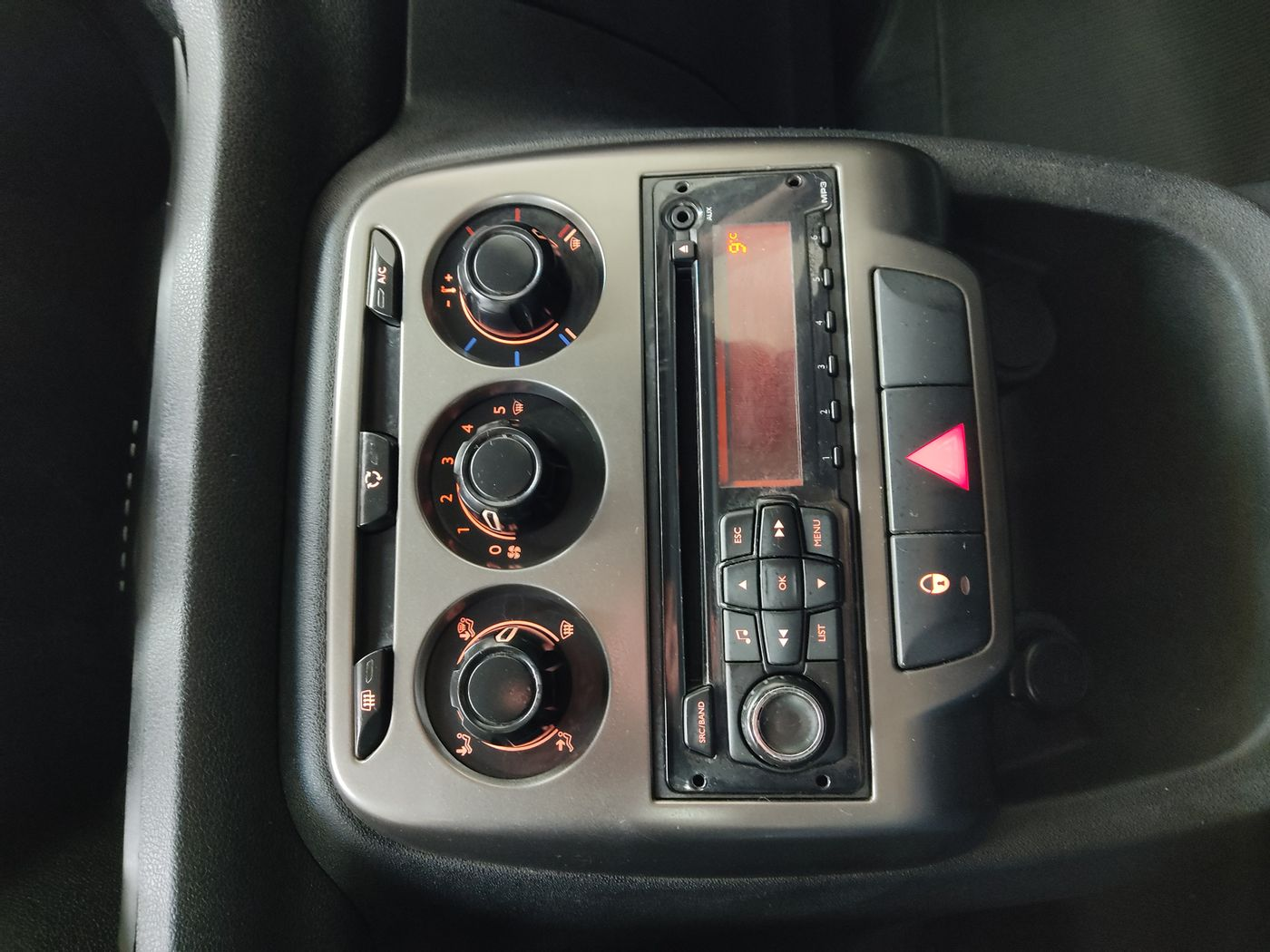 Citroën AIRCROSS GLX 1.6 Flex 16V 5p Mec.