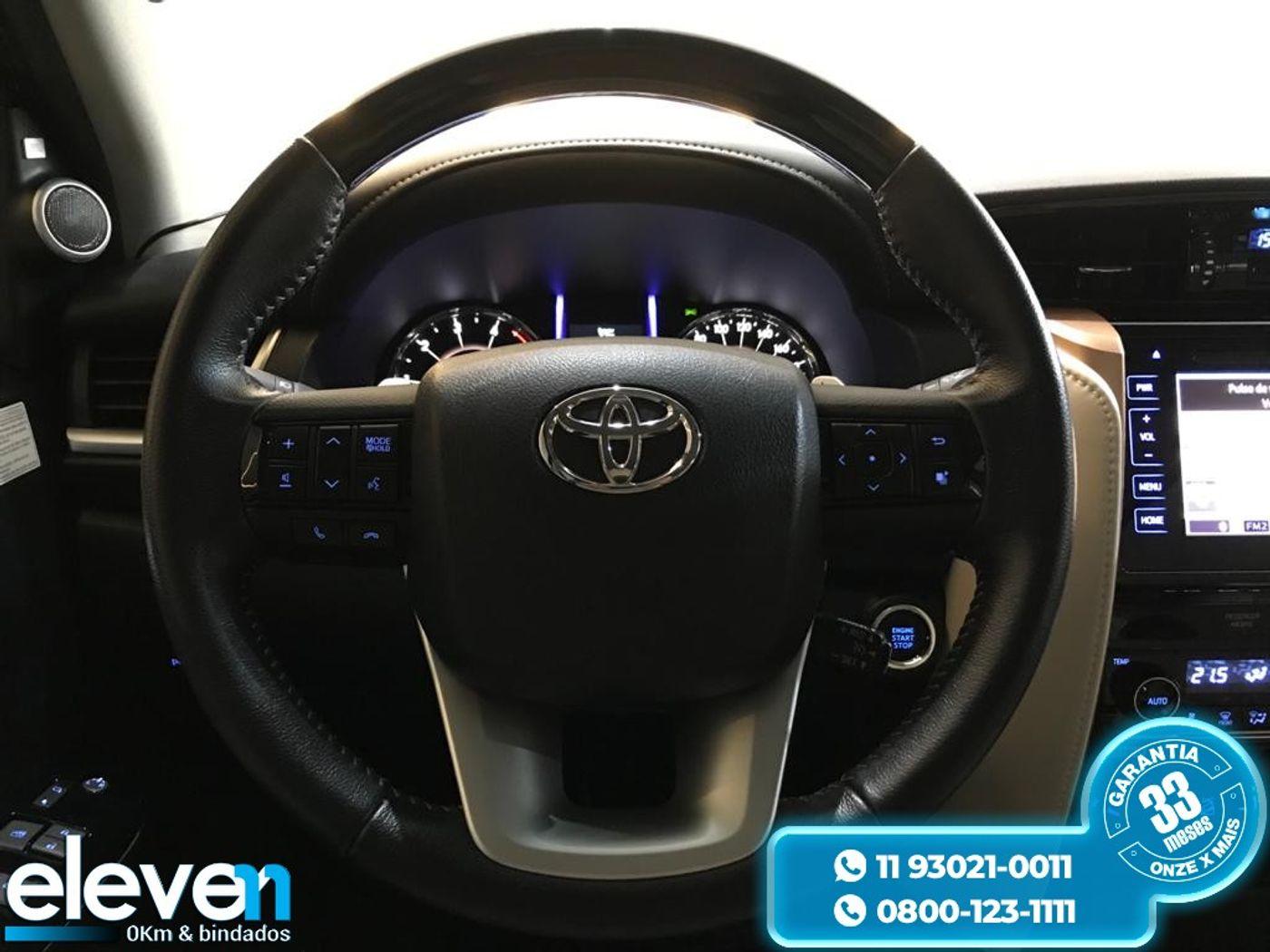 Toyota Hilux SW4 SRX Diamo. 4x4 2.8 TB Die Aut.