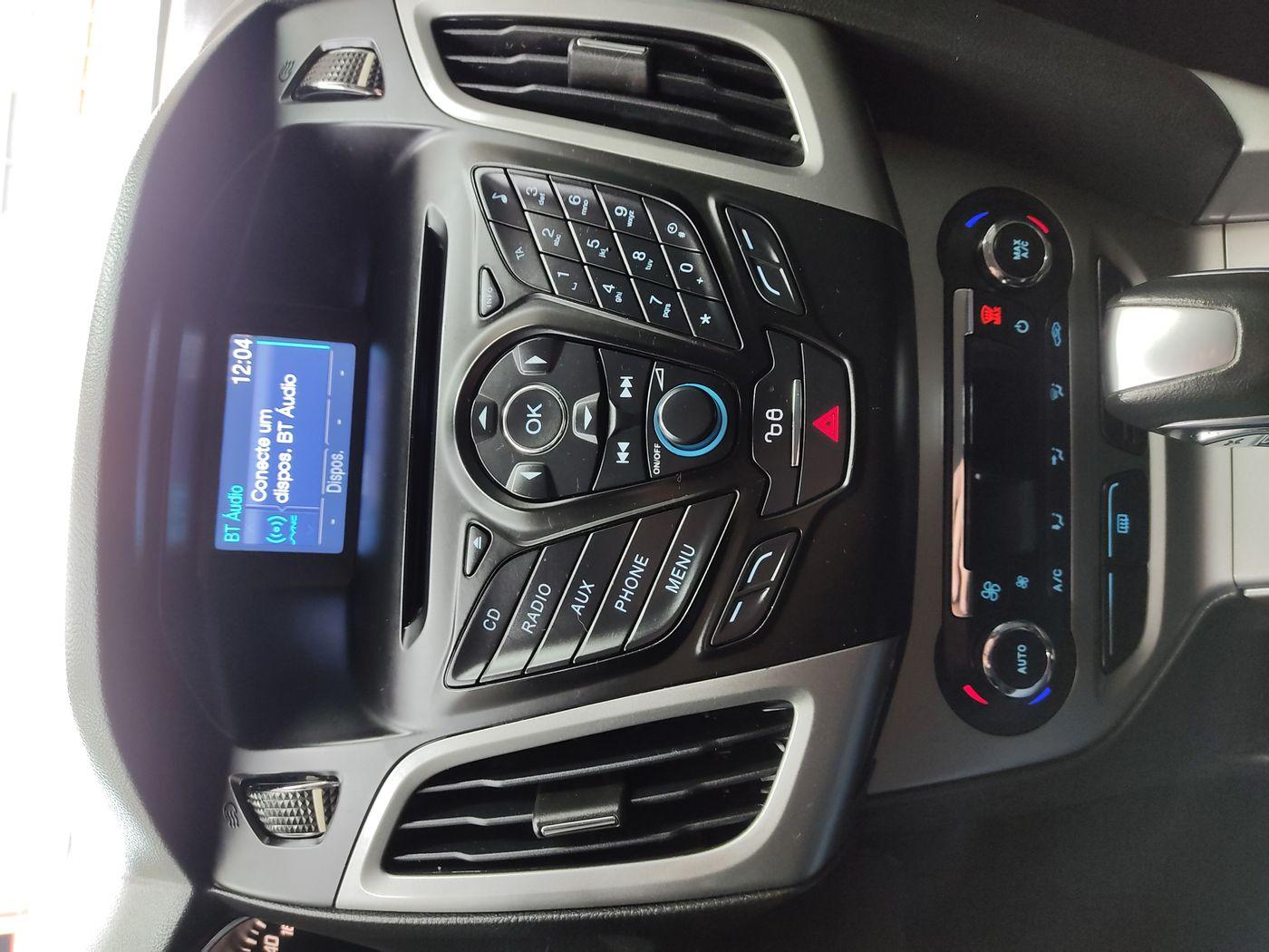Ford Focus 2.0 16V/SE/SE Plus Flex 5p Aut.