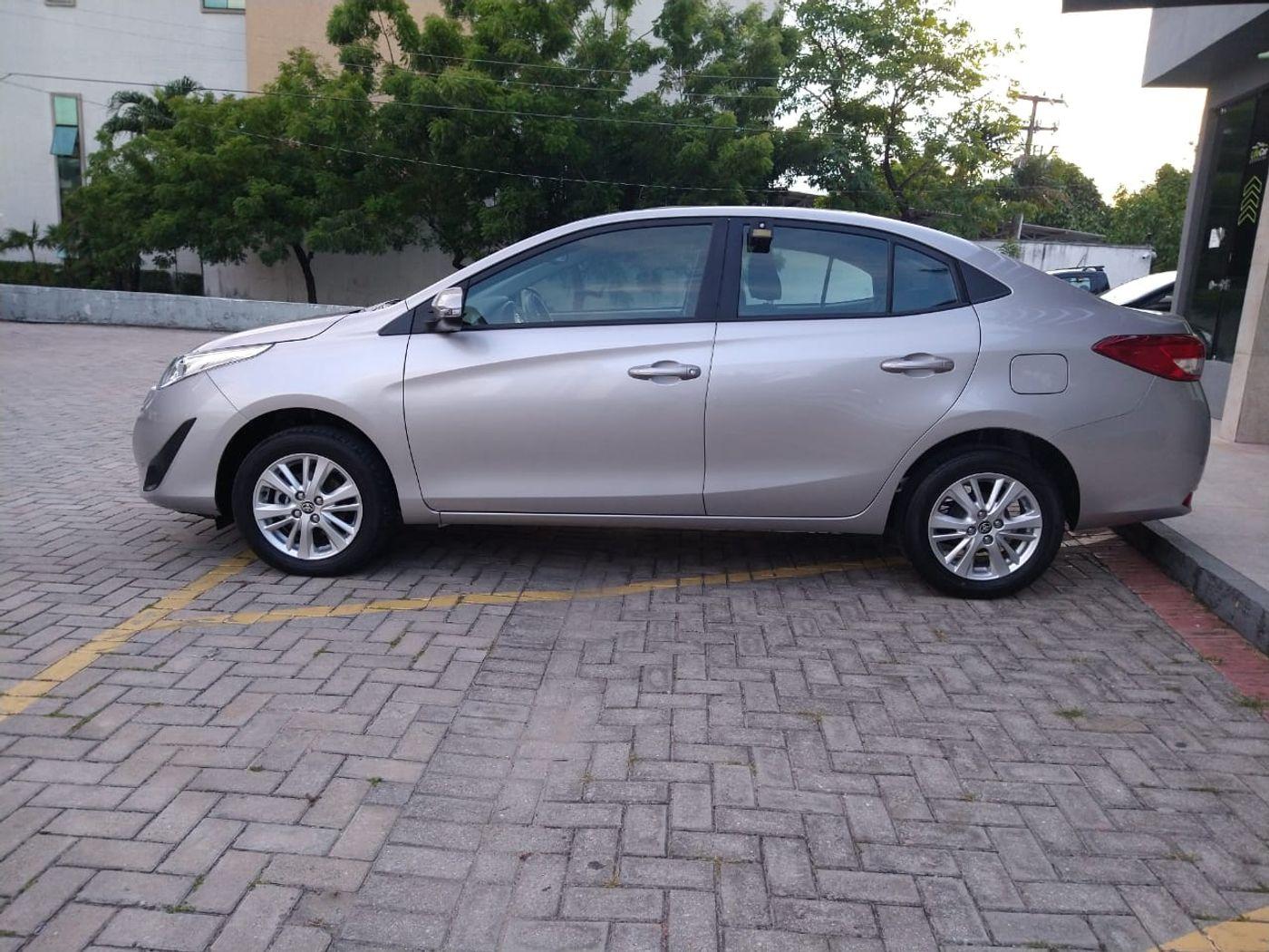 Toyota YARIS XL Sedan 1.5 Flex 16V 4p Aut.