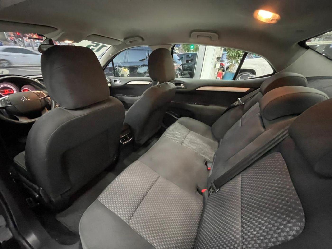 Citroën C4 LOUNGE Tendance 2.0 Flex 4p Aut.