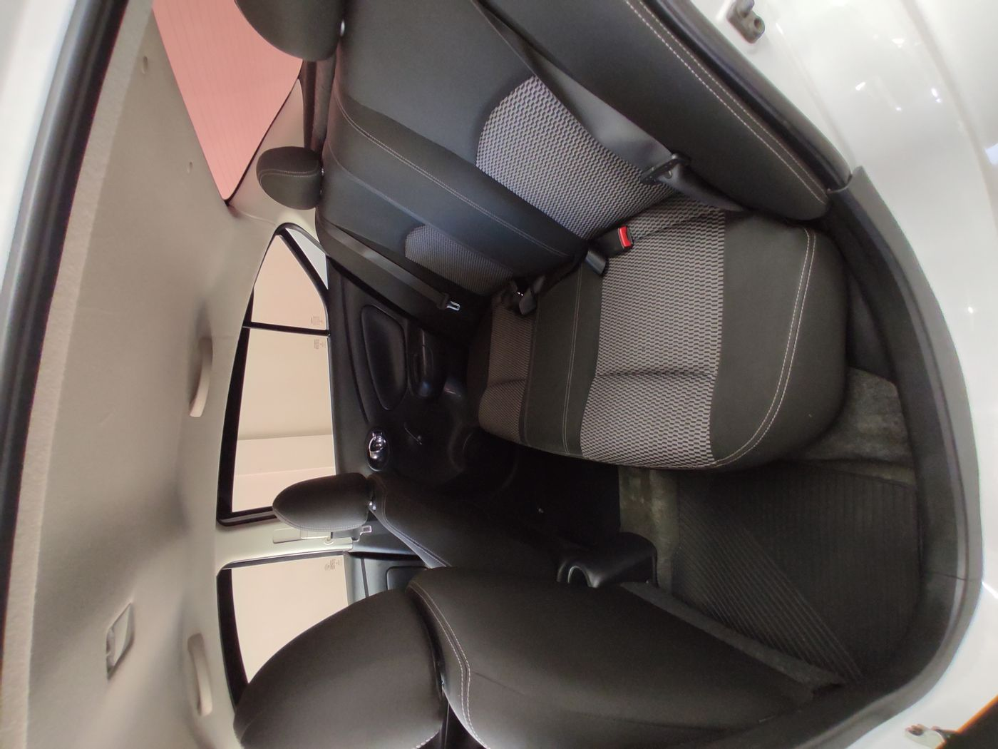 Nissan VERSA SV 1.6 16V FlexStart 4p Mec.