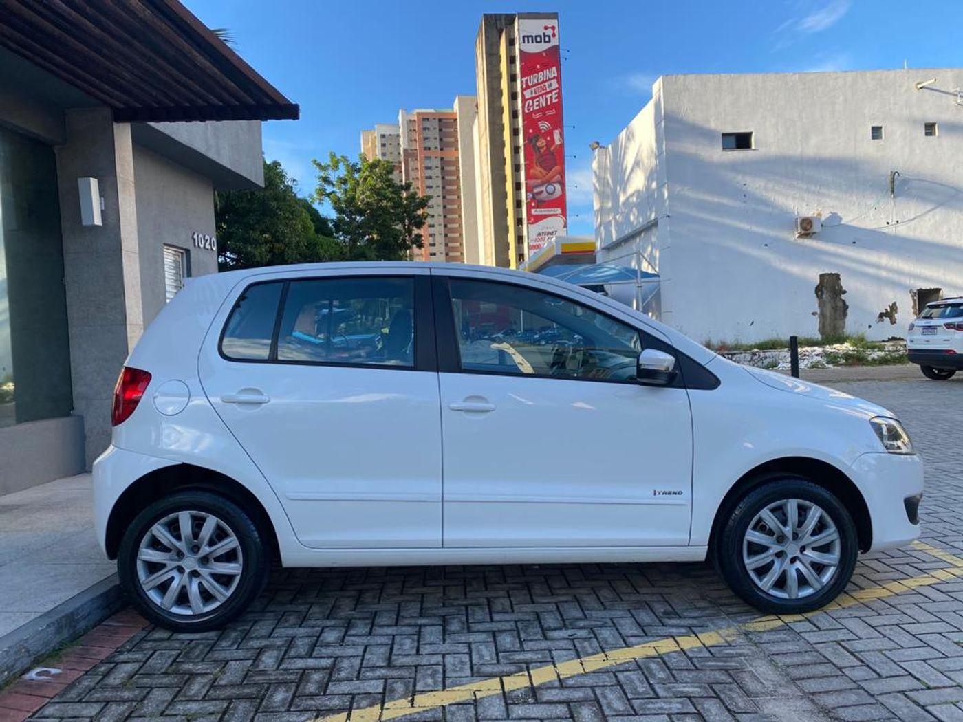 VolksWagen Fox 1.6 Mi Total Flex 8V 5p