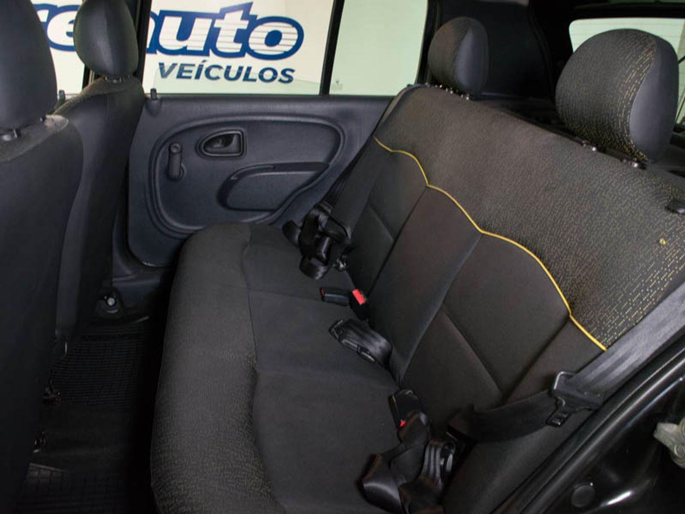 Renault Clio RN/Alizé/Expr./1.0 Hi-Power 16V 5p