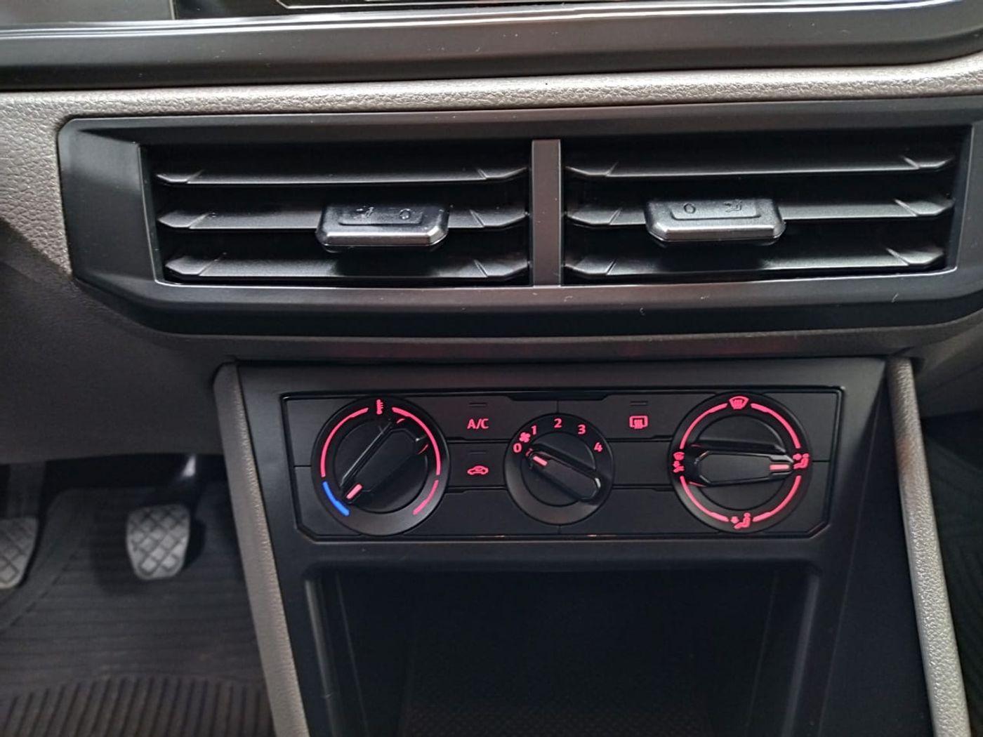 VolksWagen Polo 1.0 Flex 12V 5p