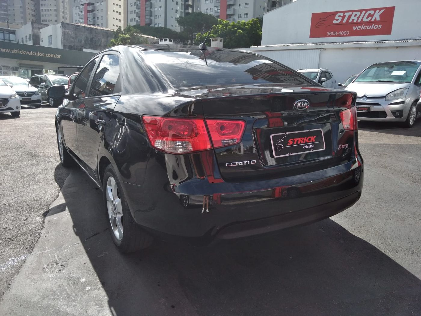 Kia Motors Cerato 1.6 16V Aut.