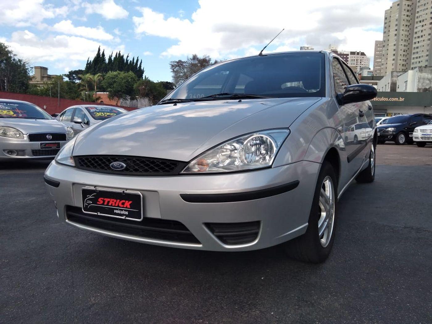 Ford Focus 2.0 16V/ 2.0 16V Flex 5p