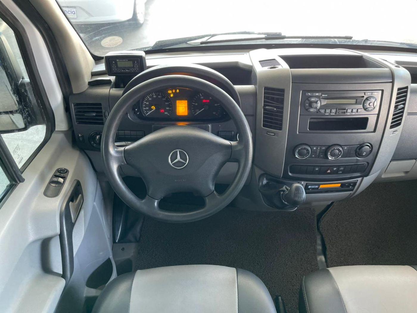 Mercedes Sprinter 415 VAN Luxo T.B. 2.2 Diesel
