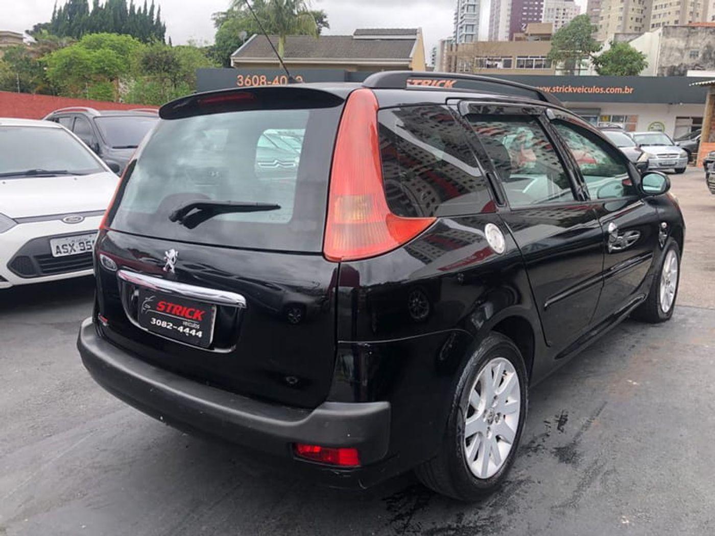 Peugeot 207 SW XS 1.6 Flex 16V 5p Aut.