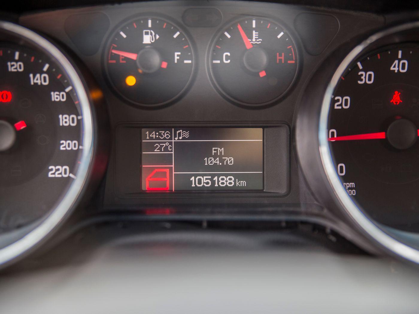 Fiat Bravo ESSENCE 1.8 Flex 16V 5p