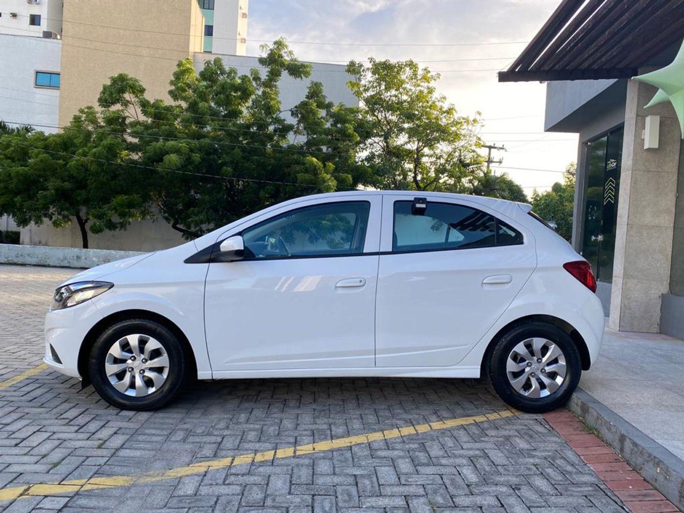 Chevrolet ONIX HATCH LT 1.0 8V FlexPower 5p Mec.
