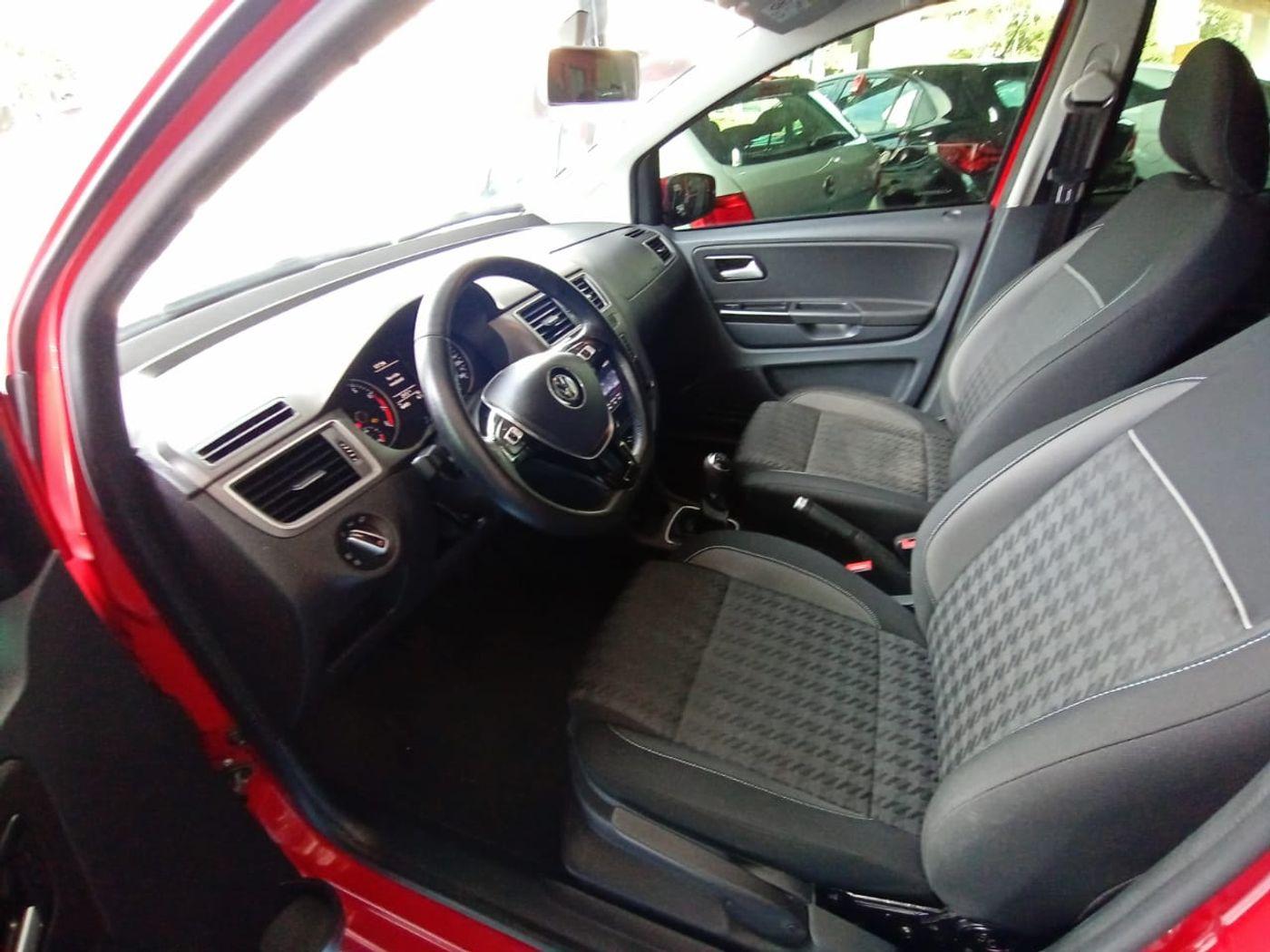 VolksWagen Fox Comfortline 1.6 Flex 8V 5p