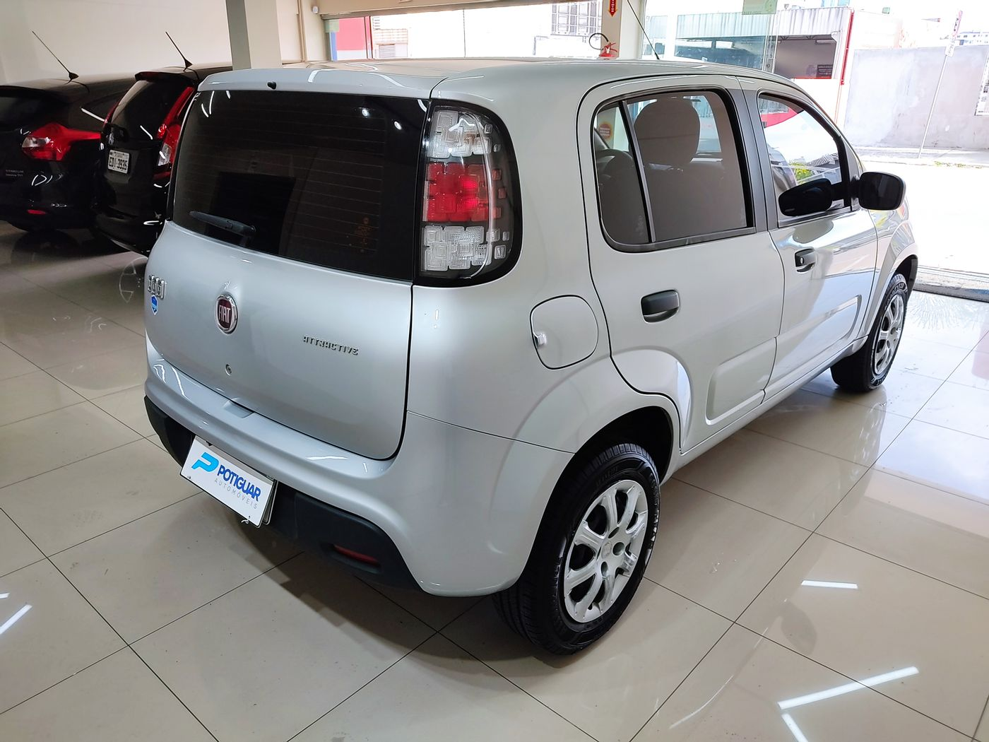Fiat UNO ATTRACTIVE 1.0 EVO Fire Flex 8V 5p