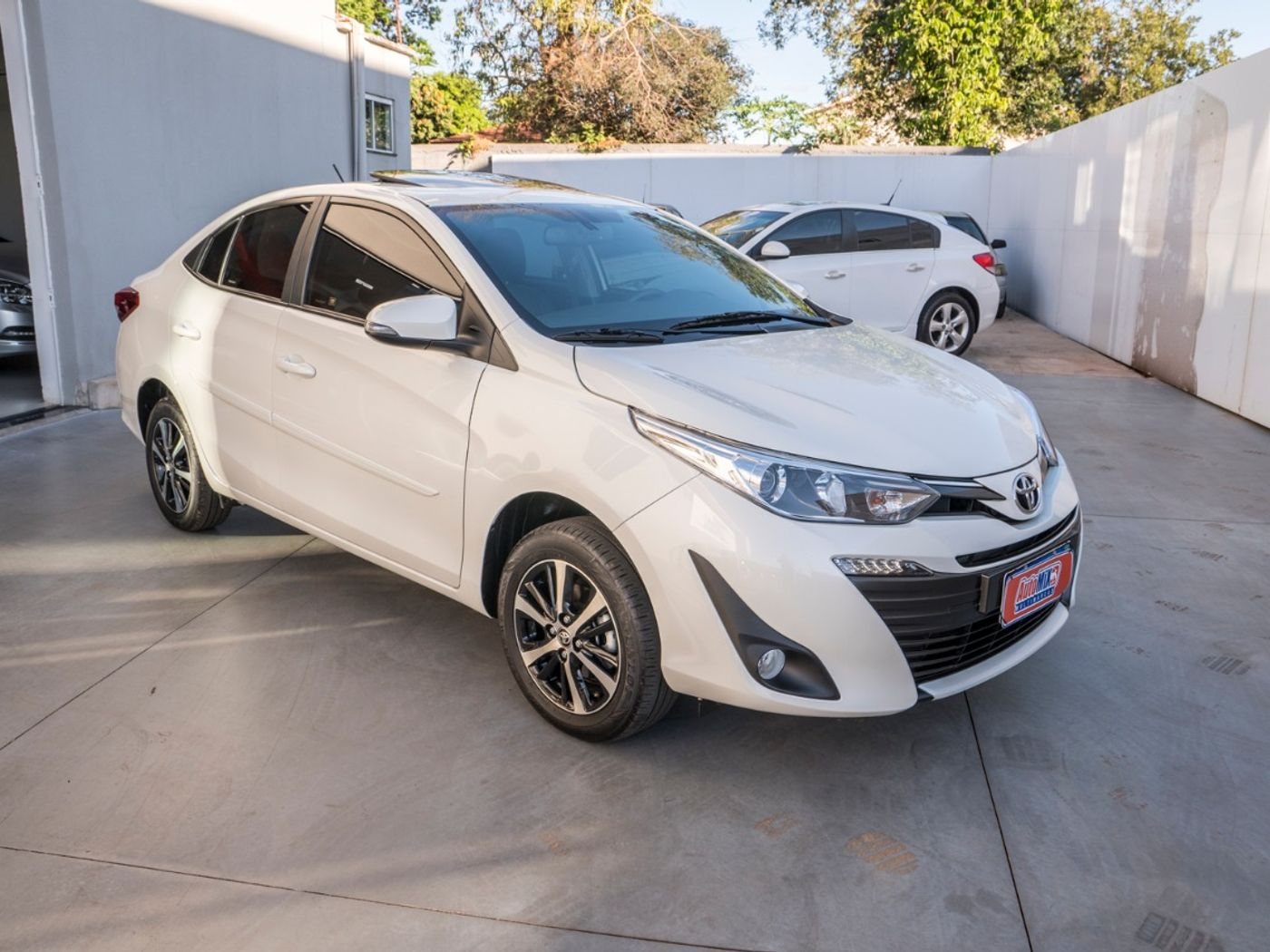 Toyota YARIS XLS Connect 1.5 Flex 16V 5p Aut.