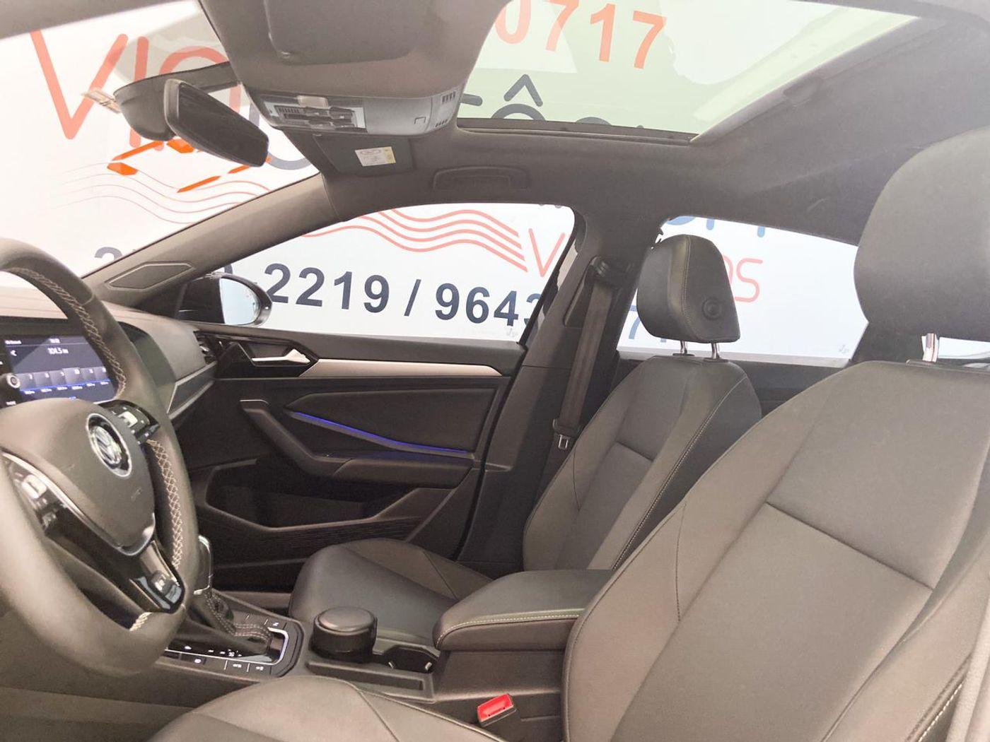 VolksWagen JETTA R-Line 250 TSI 1.4 Flex 16V Aut.