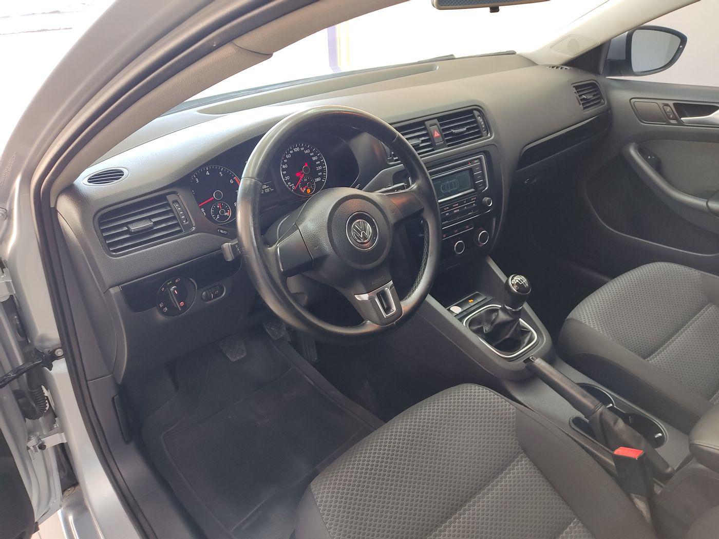VolksWagen JETTA Comfortline  2.0 T.Flex 8V 4p Mec.
