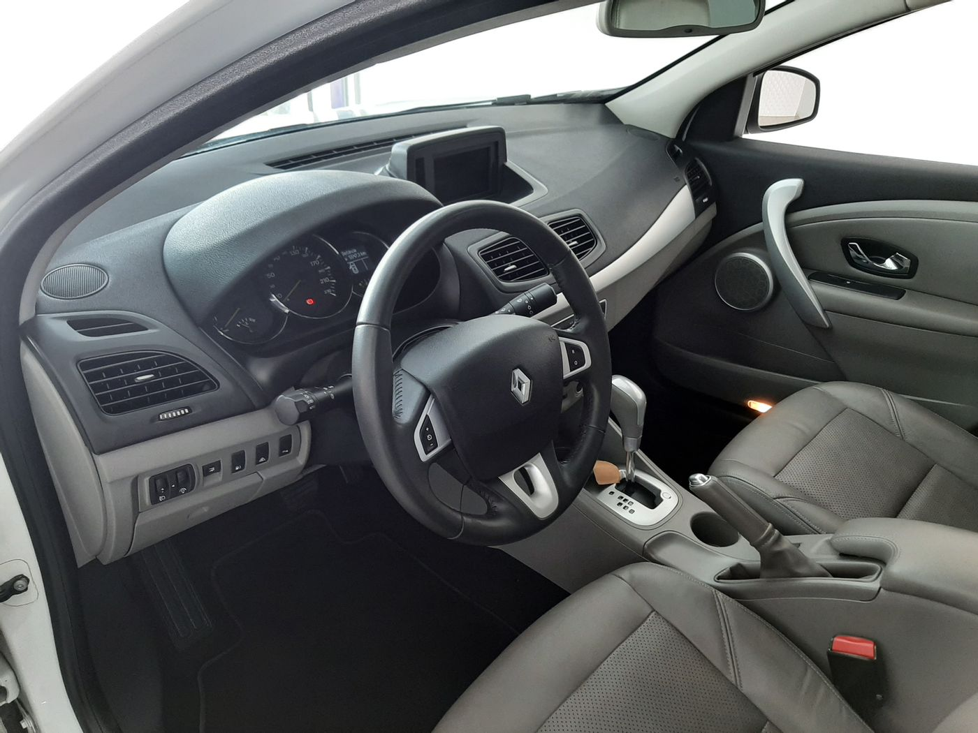 Renault FLUENCE Sedan Privilège 2.0 16V FLEX Aut
