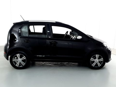 VolksWagen up! cross 1.0 TSI Total Flex 12V 5p