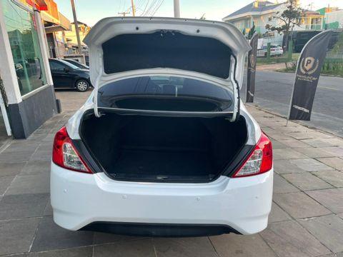 Nissan VERSA SV 1.6 16V FlexStart 4p Aut.