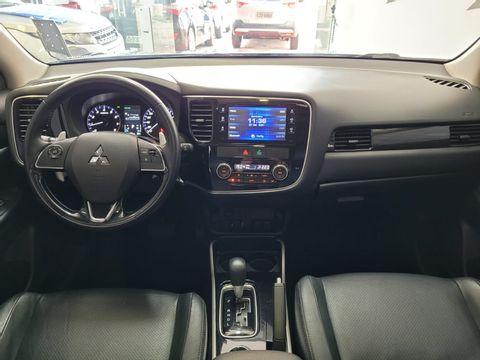Mitsubishi OUTLANDER 2.0 16V 160cv Aut.