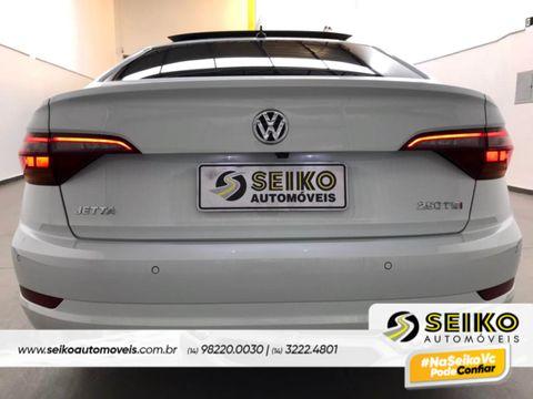 VolksWagen JETTA Comfort. 250 TSI 1.4 Flex 16v Aut.
