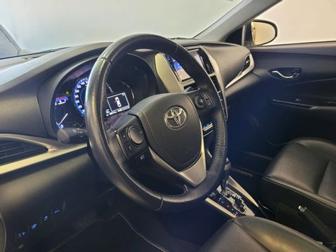 Toyota YARIS XLS 1.5 Flex 16V 5p Aut.