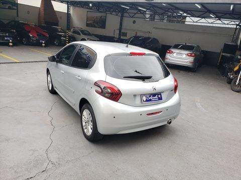Peugeot 208 Inconcert 1.6 Flex 16V 5p Aut.