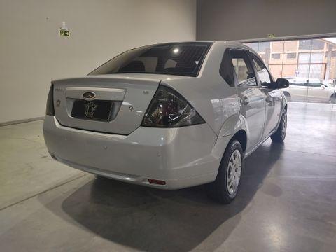 Ford Fiesta Sedan SE 1.6 8V Flex 4p