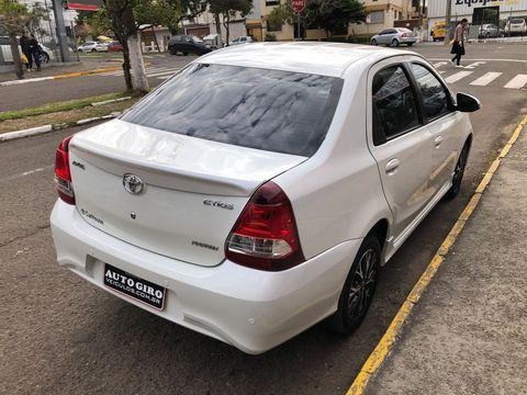 Toyota ETIOS PLATINUM Sed. 1.5 Flex 16V 4p Aut.