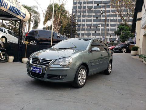 VolksWagen Polo Sed./Sed. COMF. 2.0/2.0 Flex 8V 4p