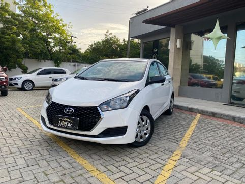 Foto do veiculo Hyundai HB20S Unique 1.0 Flex 12V Mec.